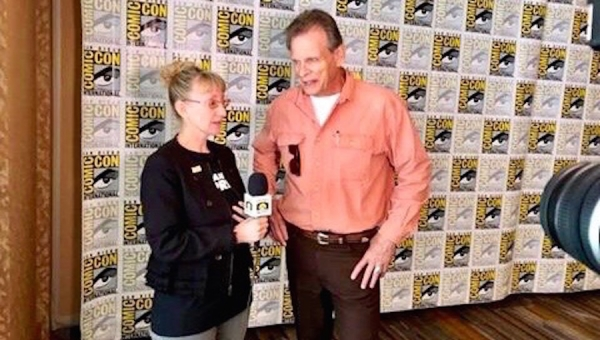 SDCC 2019: Marc Singer on Playing the Hero in 'V: The Original Miniseries' and 'Beastmaster'
